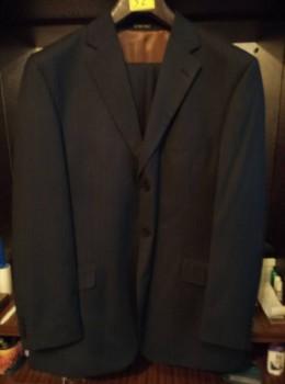 Продам мужской костюм на 3 пуговицы - IMG_20160729_165710_HHT.jpg